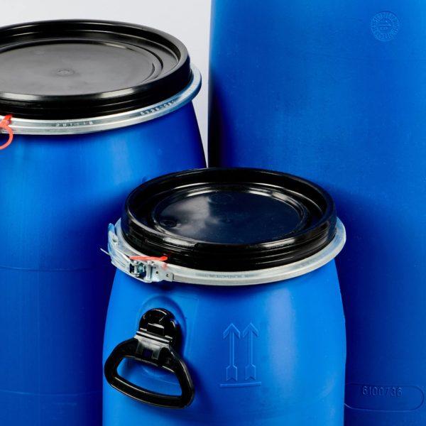 Kunststofffass, blau mit schwarzem Deckel und Metallspannring mit Füllvolumen 30 Ltr. , 60 Ltr. , 120 Ltr. , 150 Ltr. und 200 Ltr.